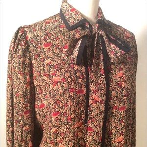 Vintage Bow Blouse Size 4 Career 80's Fashion